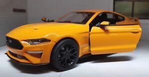1-24-Scale-Orange-Ford-Mustang-2018-3-7-5-0-V8-GT-Diecast-Super-Model-Car-79352