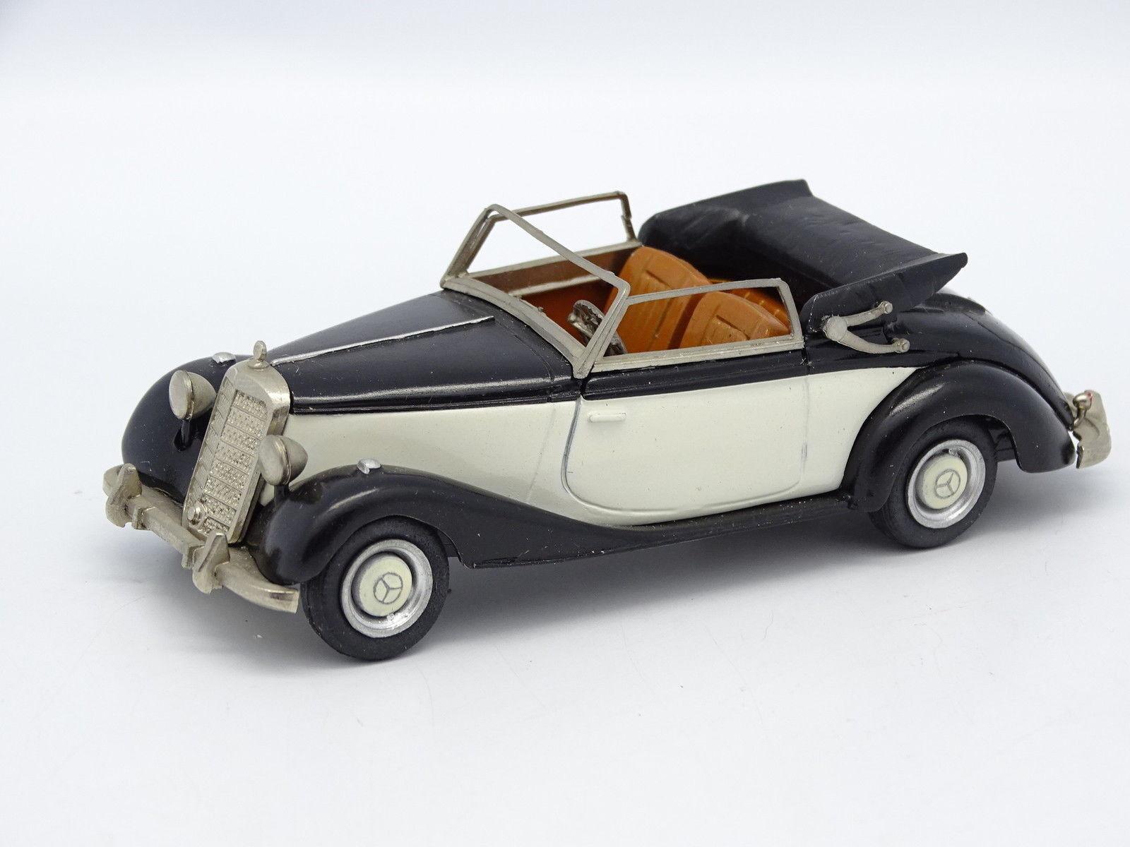 Walldorf Kit Monté Métal 1 1 1 43 - Mercedes 170 S Bleue et Blanche b0efea