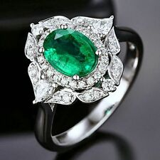 18ct White Gold Cocktail Natural Emerald and Diamond Ring VS Beauty