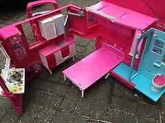 Barbie, Campingbus