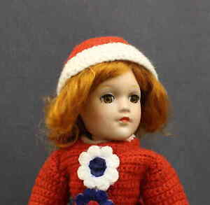 VINTAGE-COMPOSITION-039-MARY-HOYER-039-DOLL-WITH-RED-HAIR