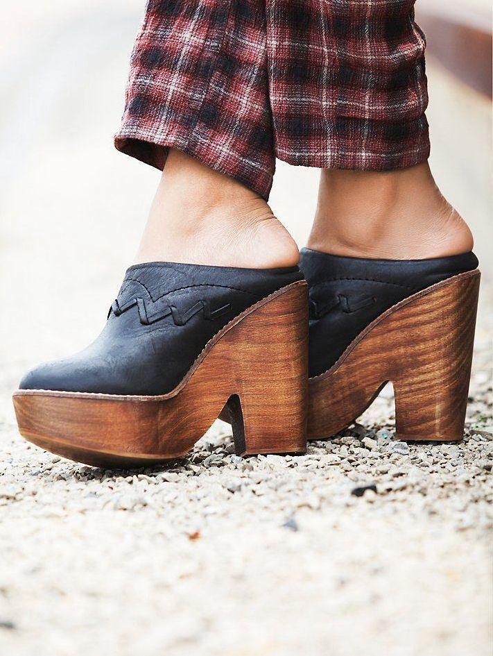 Nuevo Nuevo Nuevo FREE PEOPLE Negro Cuero Zuecos Zapatos De Plataforma oportunidad al por menor  228  entrega rápida