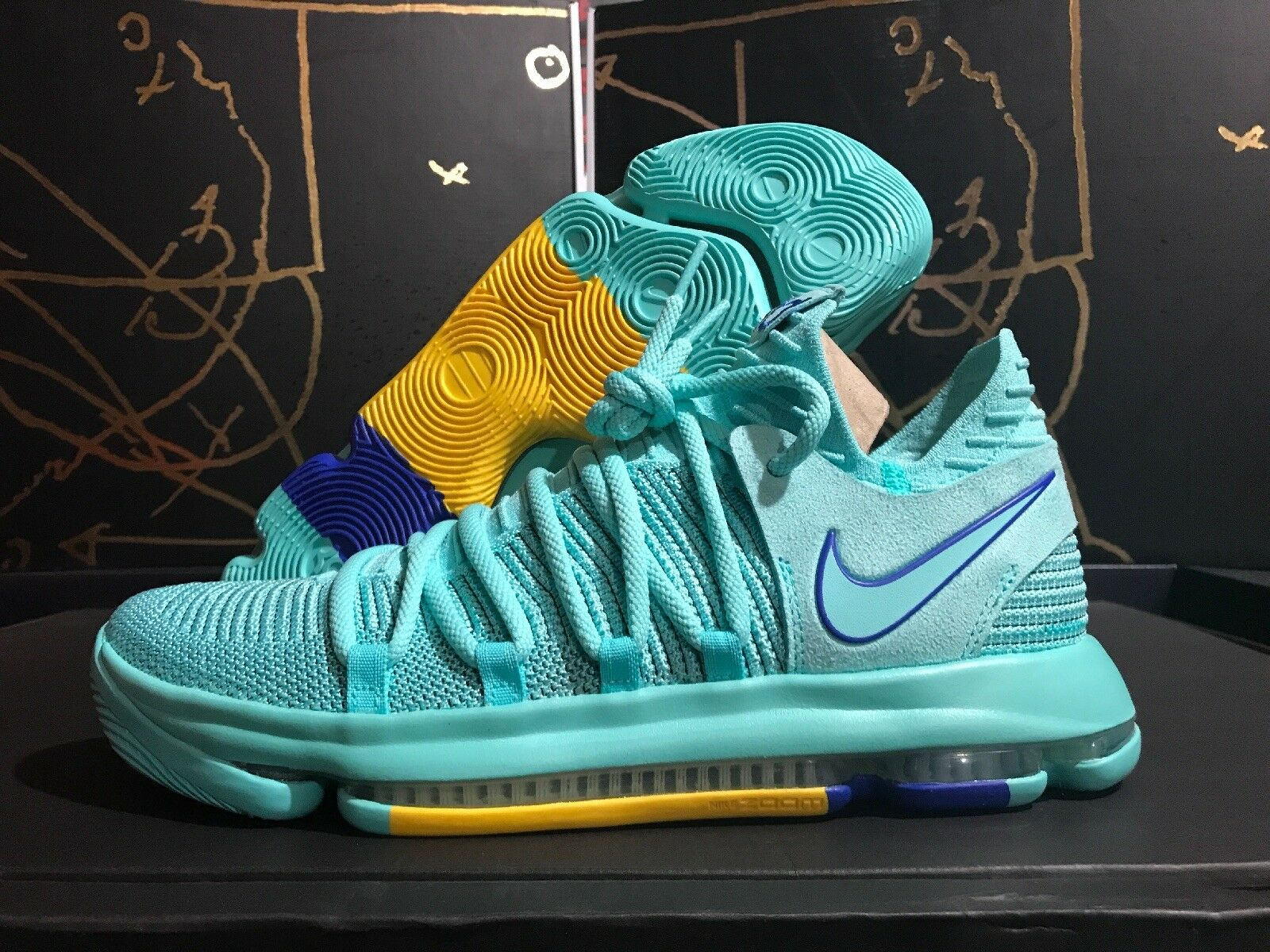800e18a8d3bb Nike Zoom Kd10 X HYPER Turquoise City Edition Men s Sz 11 Shoe ...