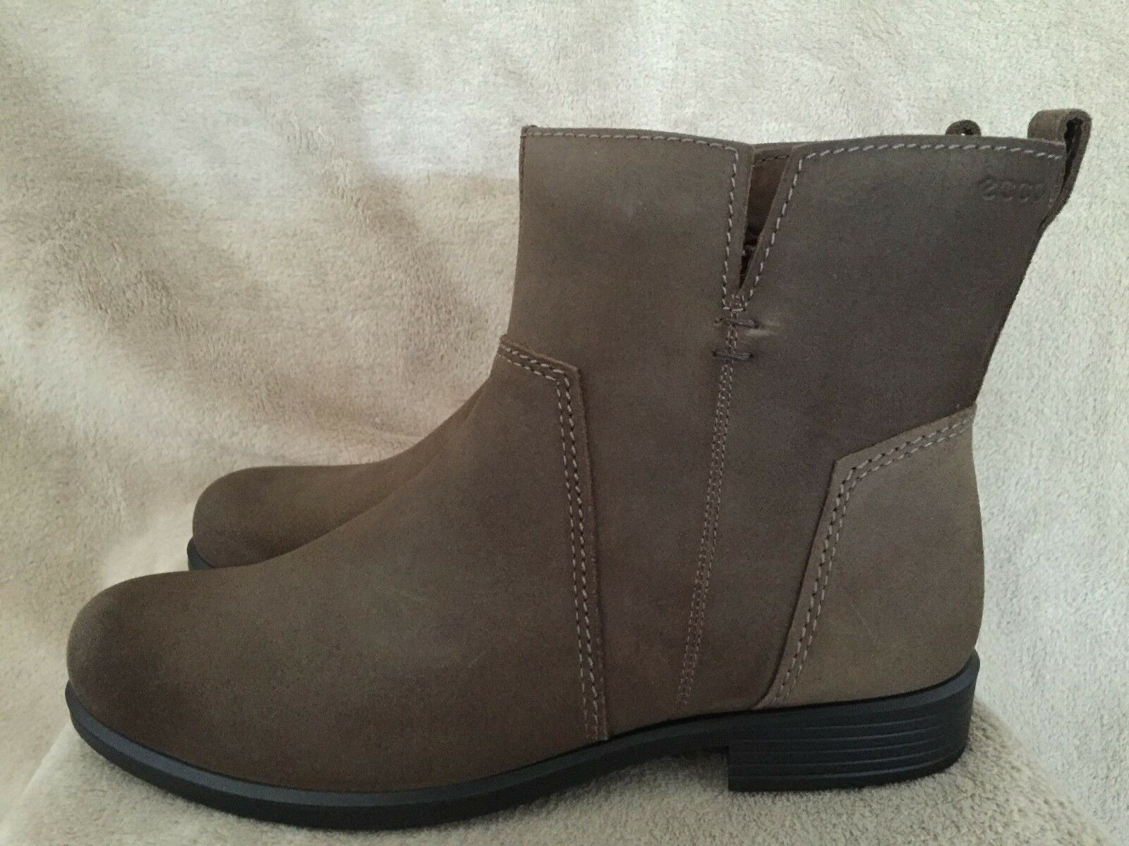 ECCO ECCO ECCO Touch 25 B Mid Cut Suede Leather Ankle Boots shoes US 9 - 9.5 M EUR 40 NWB f3f239