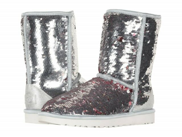 ce85dc09440 UGG AUSTRALIA SPARKLES BOOTS WOMENS CLASSIC SHORT SEQUIN SILVER SIZE 9 NEW