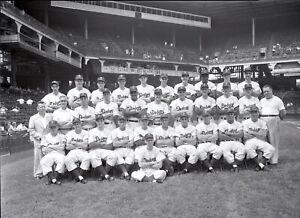 1951-Brooklyn-Dodgers-Team-Original-Photo-Negative-4-034-x-5-034-Jackie-Robinson