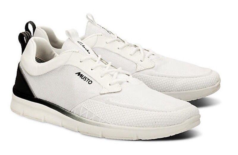 Nuevo  Musto Orson Lite  en Clarks Talla 9.5 para Hombre Zapatos Zapatillas (44 EU) NUEVO