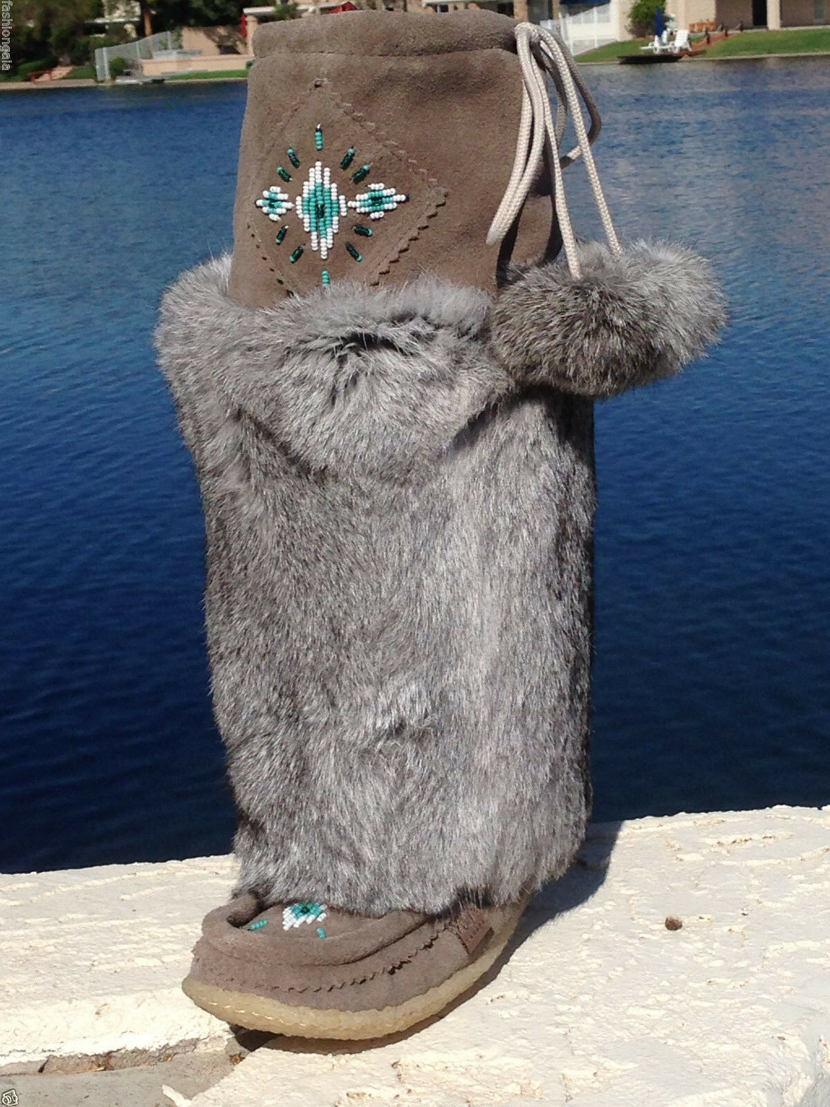 NIB CANADIAN WOMENS TALL GRAY SUEDE MUKLUKS WITH GRAY RABBIT FUR