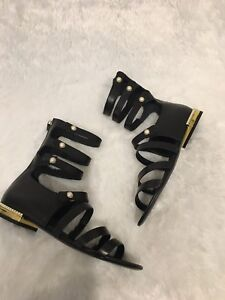 0550598bd5b Image is loading CHANEL-Strappy-Pearl-Gladiator-Sandals-Sz-38-38-
