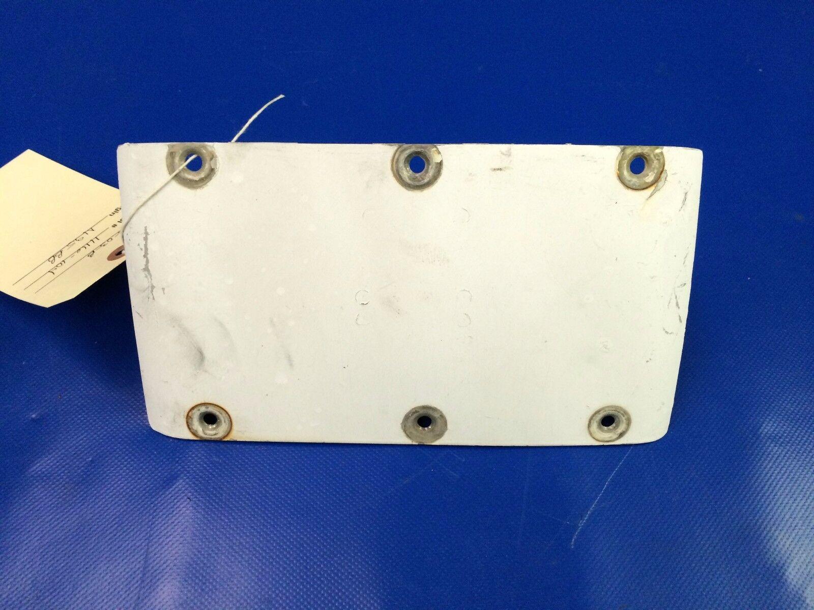 Beech Baron 58 Air Admission Boite Filtre Filtre Filtre Porte P/N 96-919101-41 (1116-104) c21907