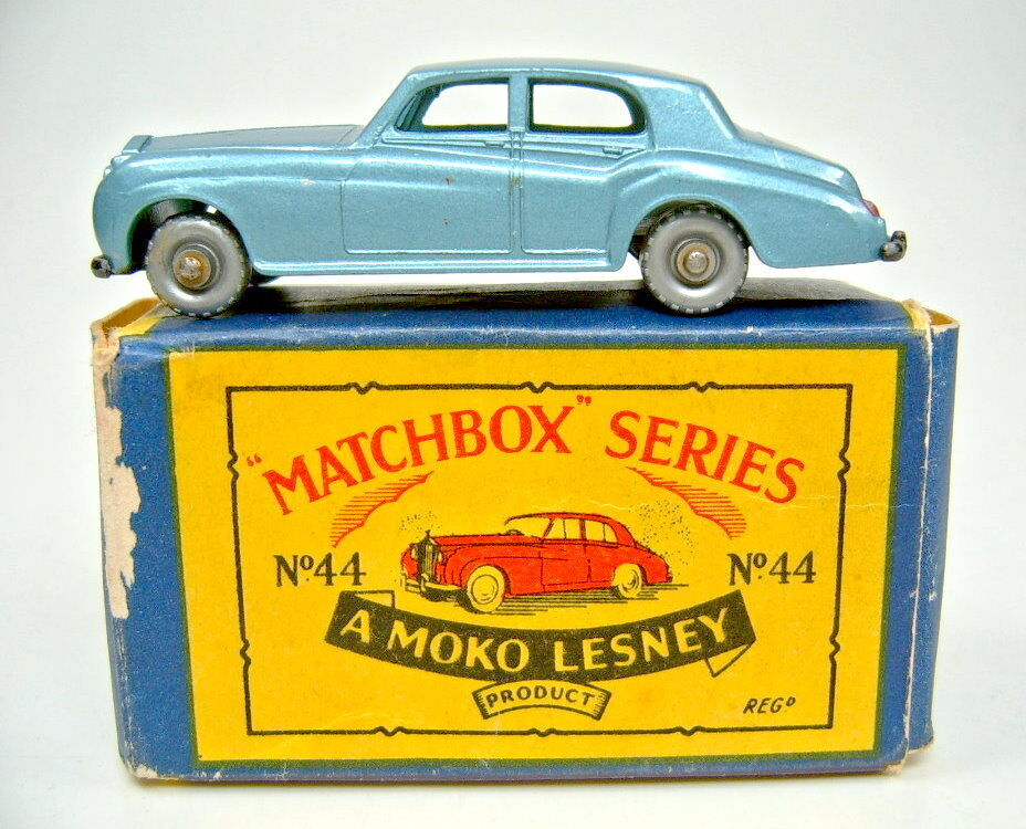 MATCHBOX rw44a Rolls Royce BLU METALLIZZATO RUOTE argentate Top in  B  BOX