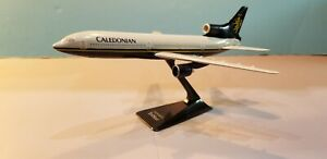 WOOSTER-W160-CALEDONIAN-AIRWAYS-L-1011-1-250-SCALE-PLASTIC-SNAPFIT-MODEL