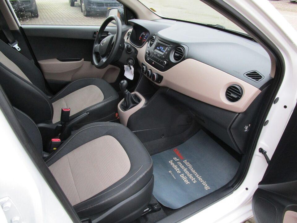 Hyundai i10 1,0 Move Benzin modelår 2015 km 41000 Hvid