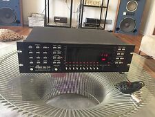 DBX Vintage 20/20 Computer Computerized Equalizer EQ Analyzer W/microphone