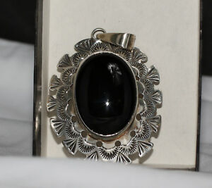 Silver-Pendant-with-Black-Onyx-Stone-by-Ben-Yellowhorse-Navajo