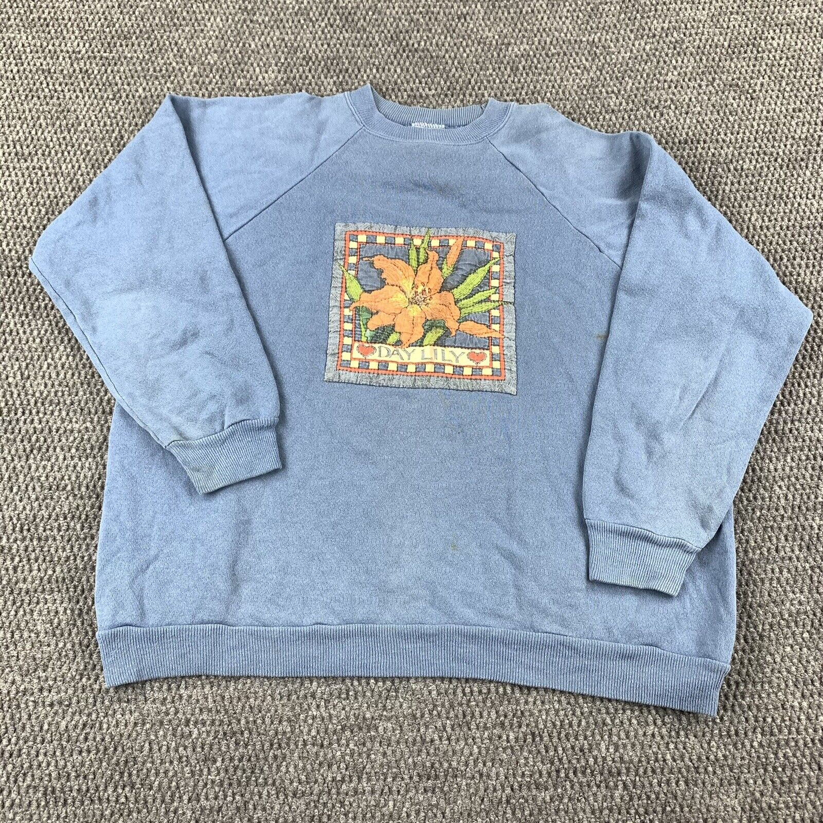 1990s Vintage Hanes Her Way Hand Embroidered Flower Floral Fabric T-Shirt