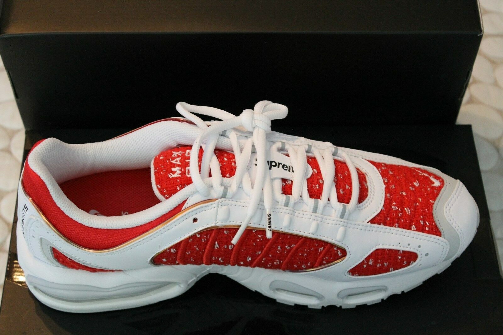 Nike Air Max Tailwind 4 IV Supreme White Red AT3854-100 Size 12 100% Authentic