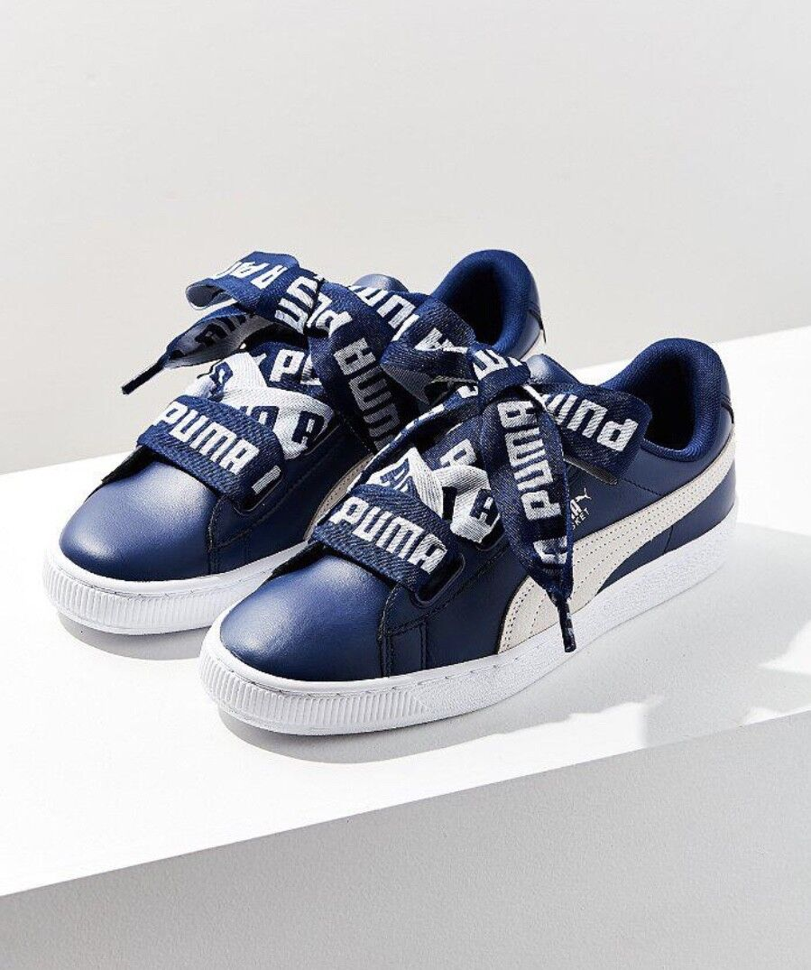 NEW Puma navy navy navy bluee Heart De Leather Logo Lace Sneakers 40   9 3cbec1