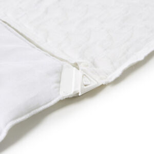 Quilt-amp-Quilt-Cover-Clip-Set-HOLD-your-Quilt-Doona-Duvet-in-place-at-corners