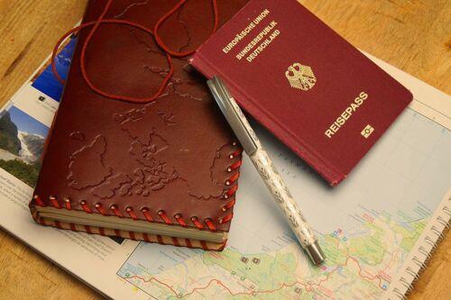 """Handgemacht Reisetagebuch /""""Weltkarte/"""" Echt-Leder A5Notizbuch RESTPOSTEN"""