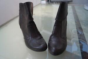 schicke-ESPRIT-Damen-Schuhe-Stiefel-Stiefeletten-Gr-39-dunkelbraun