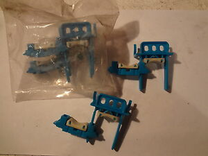 Lot Of 4 Holdrite Blue Plastic Strut Clamps #260