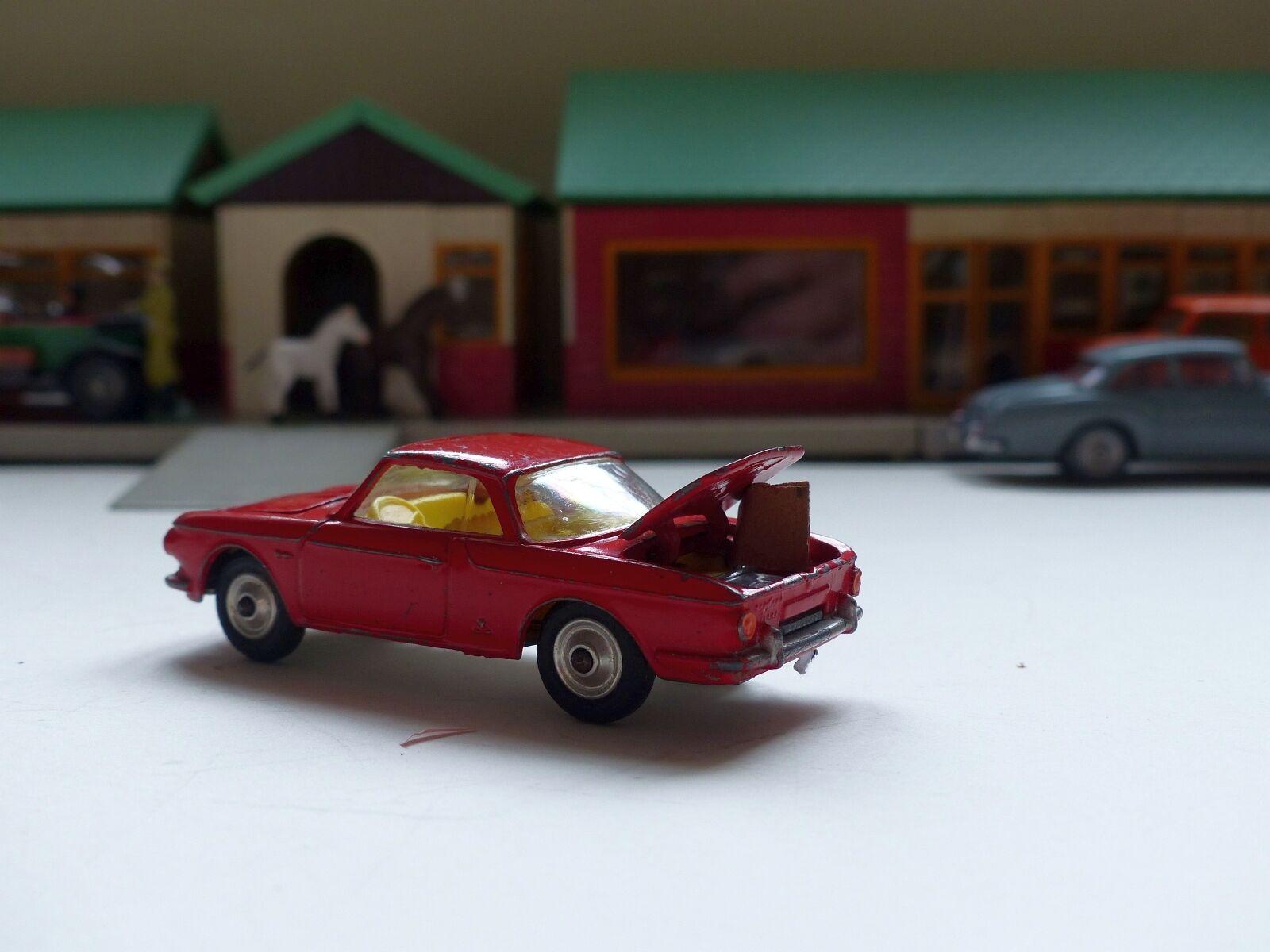 Corgi Toys 239 VW 1500 Karmann Ghia