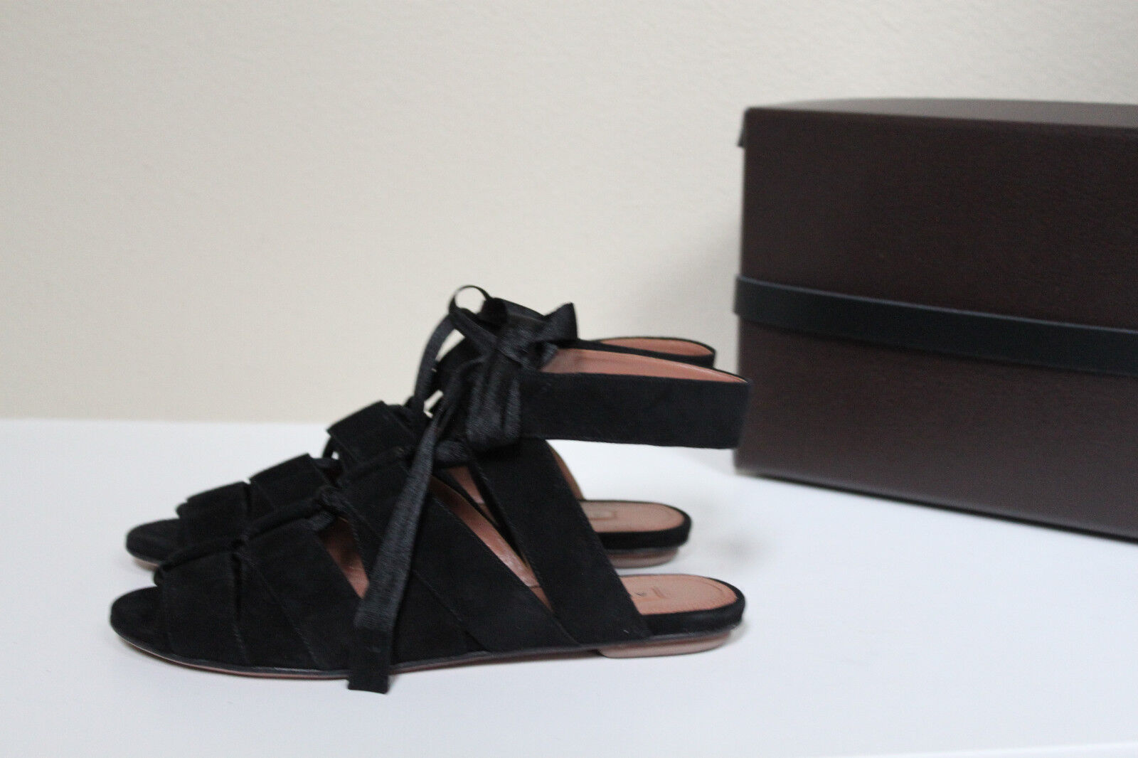 New 7.5 37.5 Azzedine Alaia Black Suede Gladiator Lace up Ankle Sandal Flat shoes