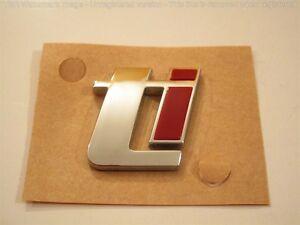 1-STEMMA-LOGO-TI-ALFA-ROMEO-159-POSTERIORE-ORIGINALE-fregio-genuine-rear-emblem