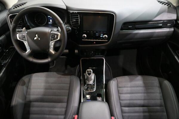 Mitsubishi Outlander 2,4 PHEV Intense CVT 4WD billede 14