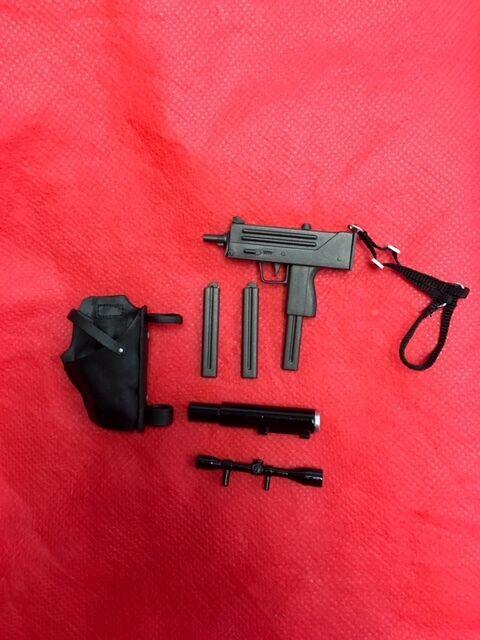 1 6 Sideshow Collectibles Escape from New York Snake Plissken GUN SET ONLY JC