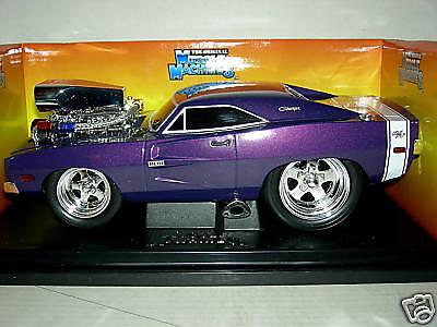 69 Dodge Cochegador Lucky púrpura súper Raro M.I.B.1 18