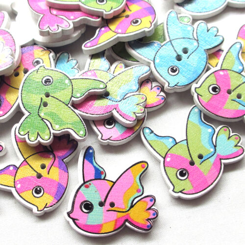 New 10//50//100pcs Wood Buttons Goldfish Sewing Craft