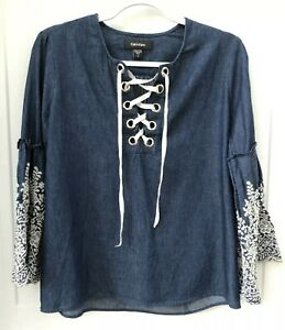 Karen Kane Women's Size Small Navy White Embroidered Boho Peasant Top Lace up