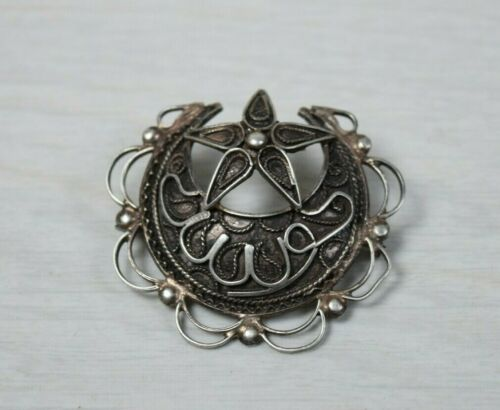 Vintage Collectible Silver Turban Hat Brooch Pin B