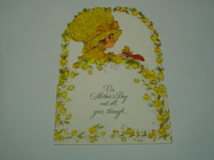 Hallmark-Charmers-Die-Cut-Pop-Up-Mother-039-s-Day-Greeting-Card-USA-VTG-Girl-Flowers