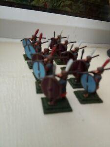 Figure-in-metallo-giochi-di-guerra-x-10-SOLDATI-ROMANI-25mm