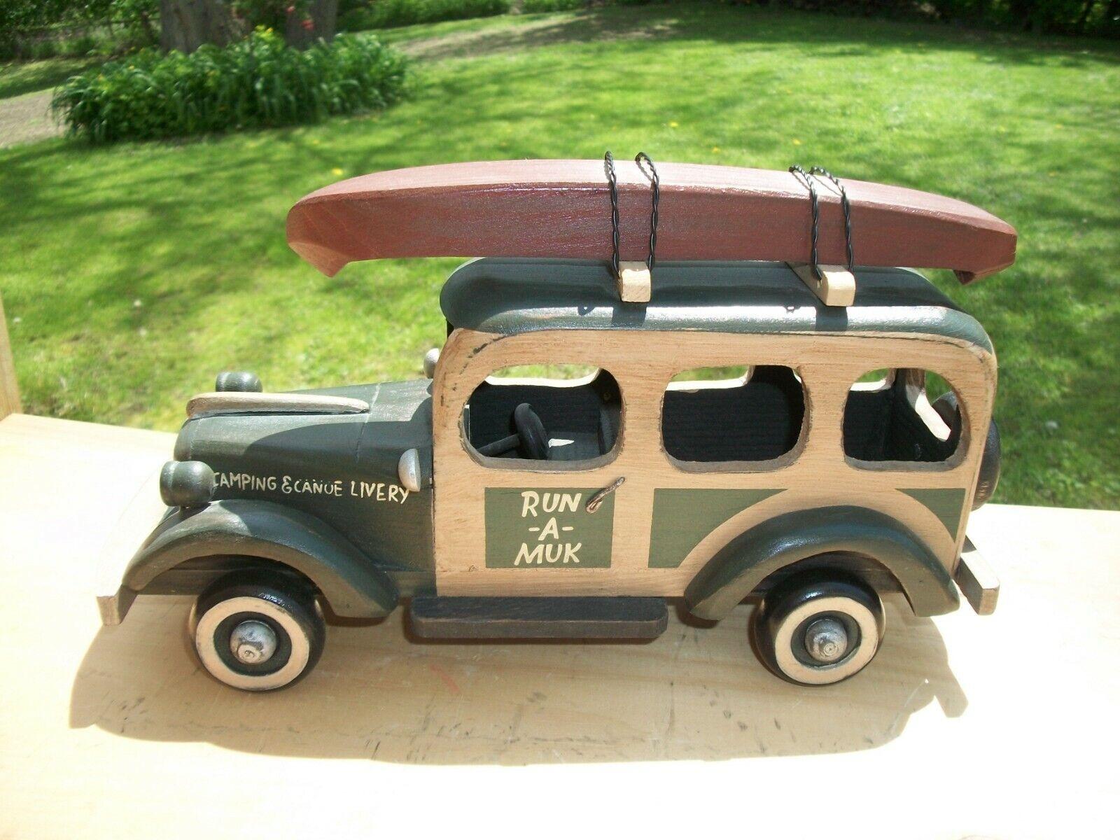 Bois style antique sculptés Woody Camping & CANOE livrée Station Wagon