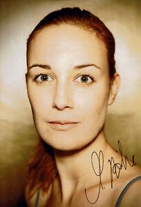 Martina-Daehne-original-handsigniertes-Grossfoto-signed-Autogramm-in-Person