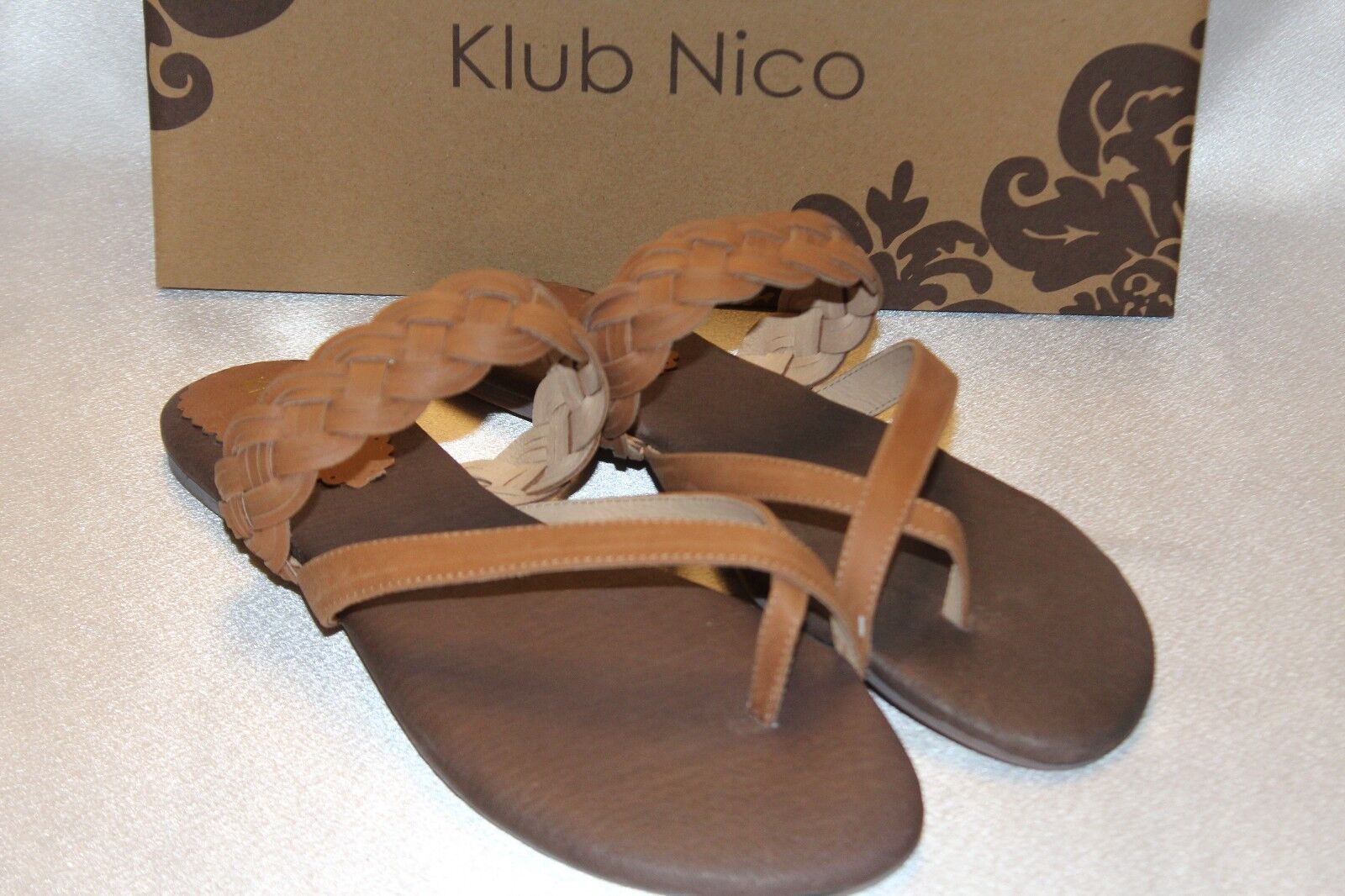 NEU  NIB  KLUB NICO Vaquetta Tan Woven Leder JARROD Flat Sandale Sz 11 129