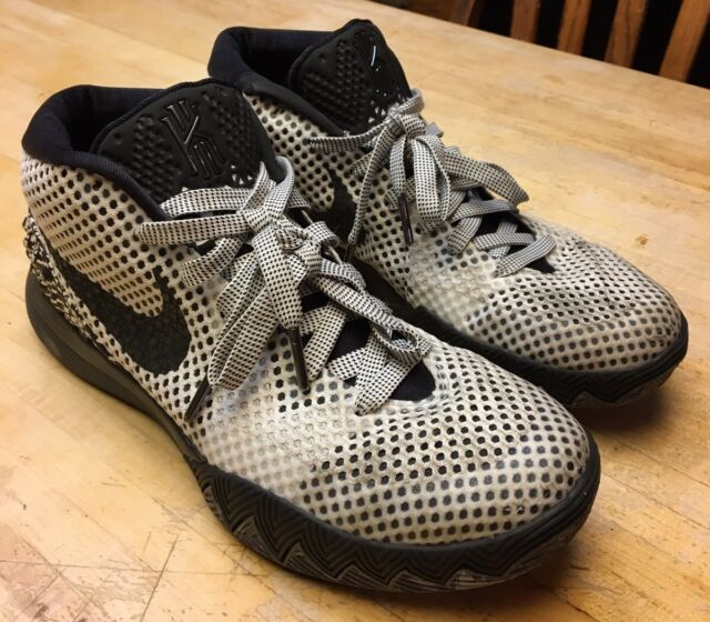 """Mens Nike Kyrie 1 BHM """"Black History Month"""" Shoes 718820 ..."""