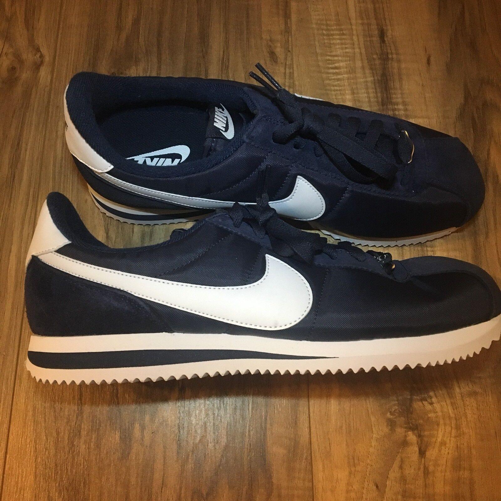 Nike Cortez Basic Nylon Obsidian/White  Casual Shoes 819720 411 Men's size 10.5