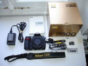 NIKON D300 complet avec boîte et accessoires