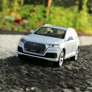 Audi-Q7-Model-Cars-Toys-1-36-Open-two-doors-Collection-amp-Gifts-New-Alloy-Diecast