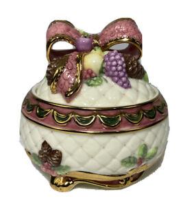 San Francisco Music Box Company Trinket Jewelry Box I'll Be Home for Christmas