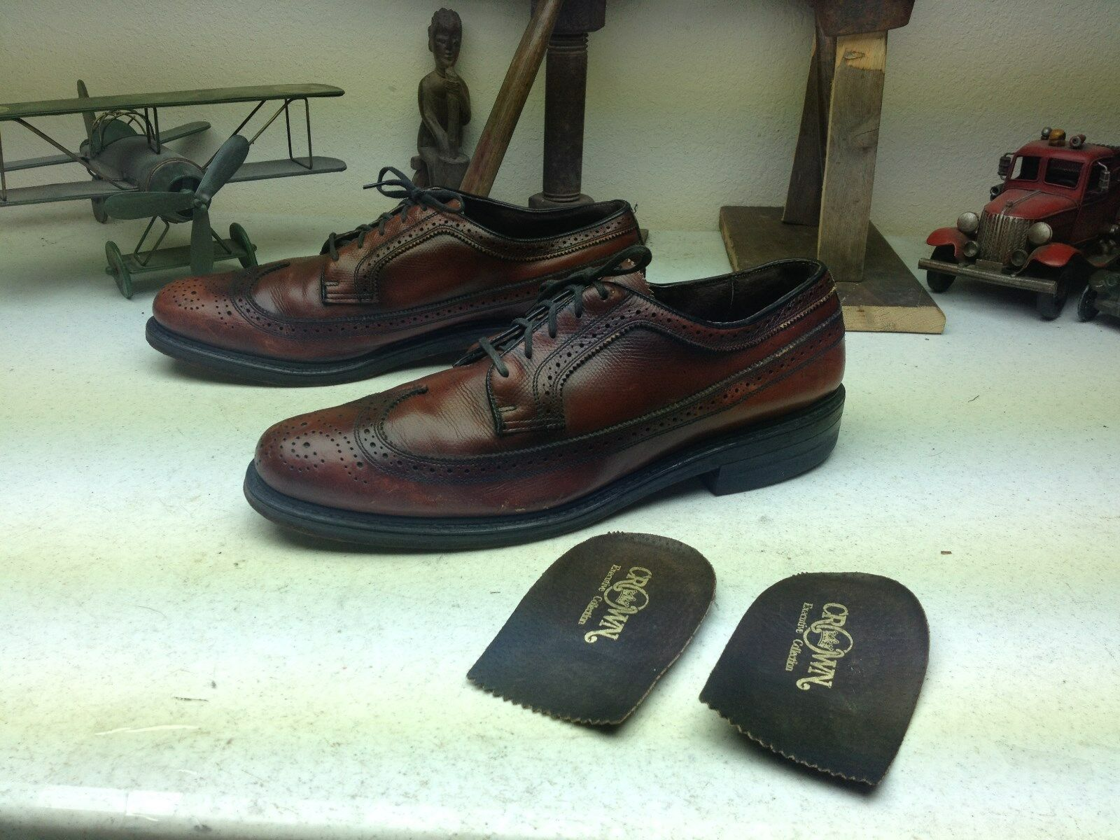 VINTAGE MADE IN USA CROWN BROWN DISTRESSED WING TIP SATURDAY BUSINESS SIZE 12D