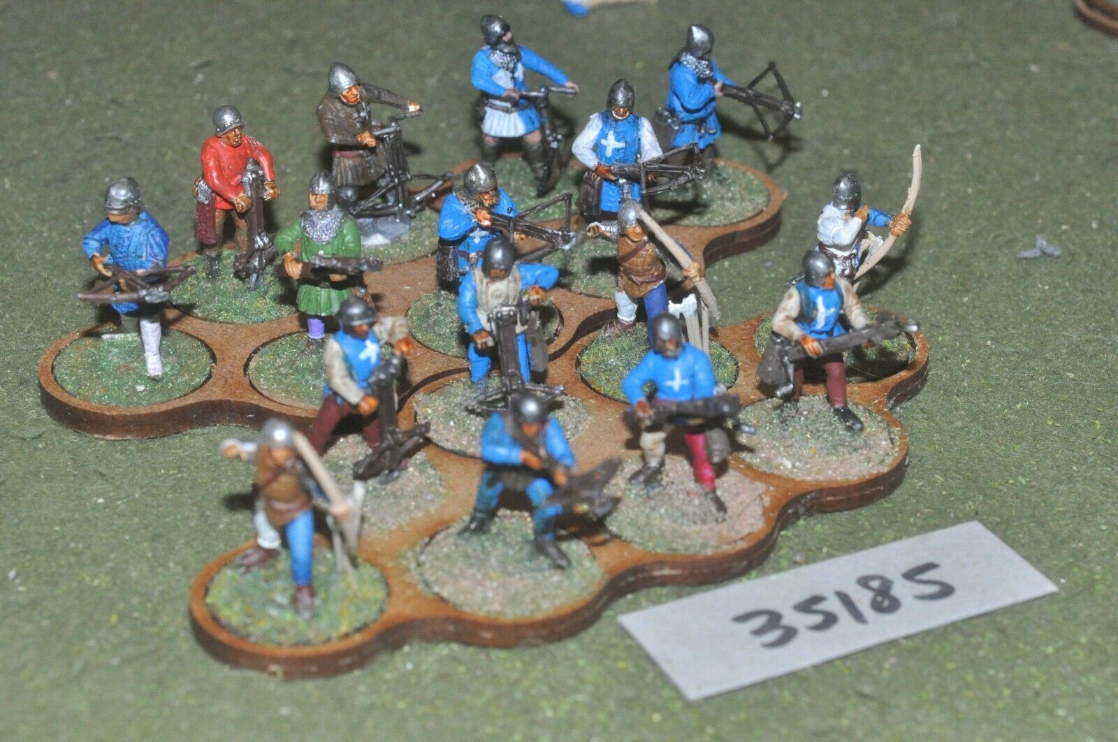 25mm medieval   burgundian - archers & crossbowmen plastic glued 16 - (35185)