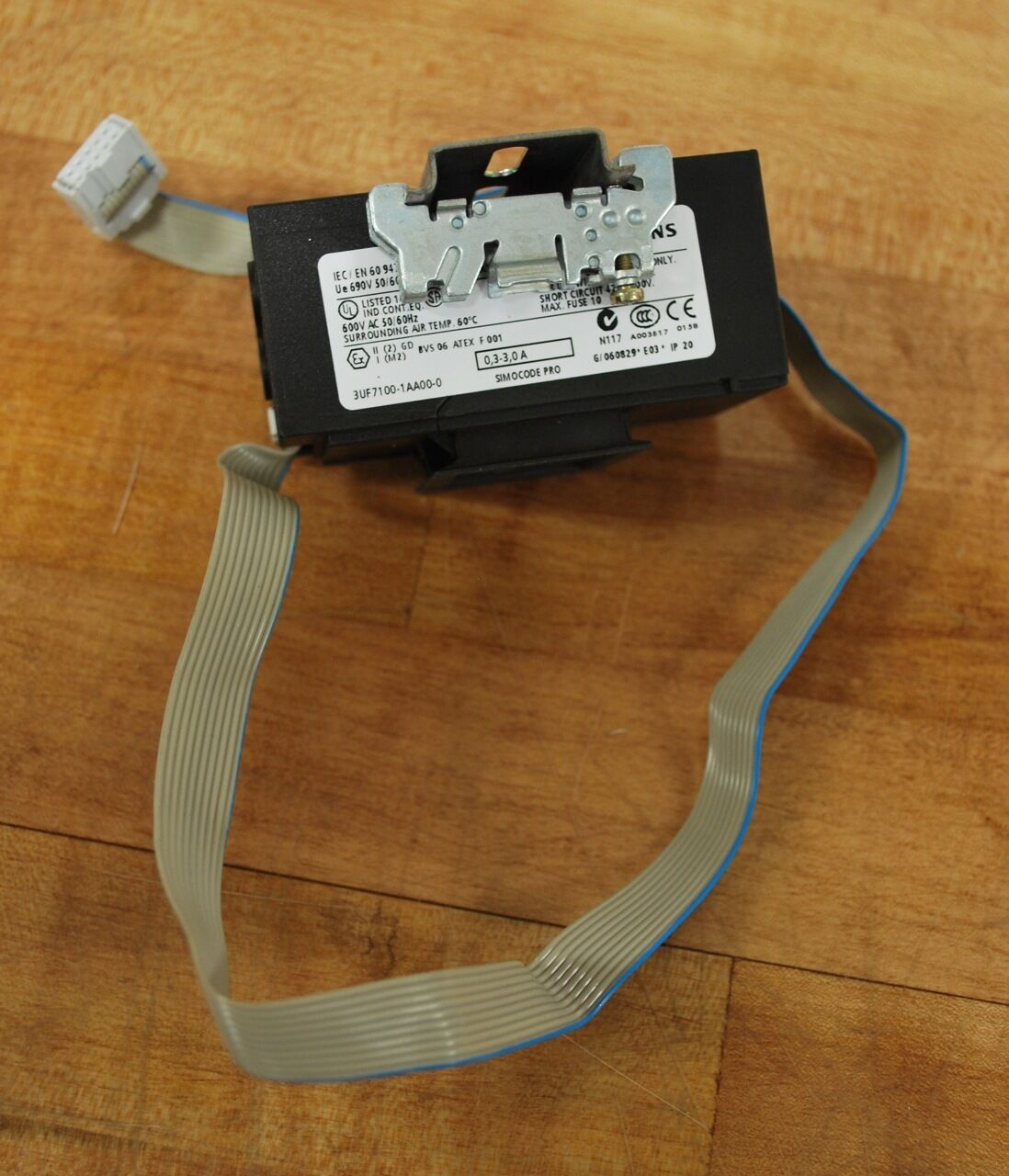Siemens 3UF7100-1AA00-0, Current Measuring Module 0.3-3.0a, 600vac - USED
