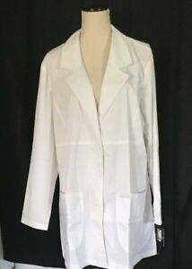"Vivi by Med Couture Women/'s Chic Empire Seam 33/"" Lab Coat Style 5601"