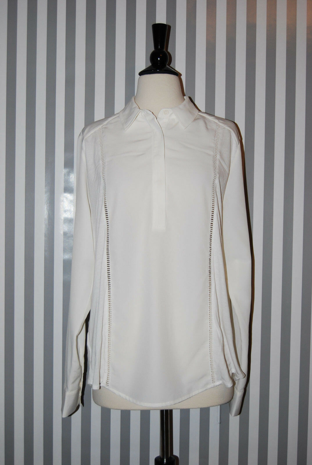 Ann Taylor Long Sleeve Shirt Blouse Half Button White Eyelet Embroidered Large